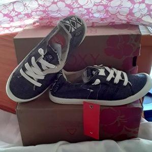 Roxy slip on shoes 6.5